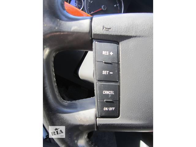 купить бу  Кнопки на мультируль Volkswagen Touareg Фольксваген Туарег 2003г-2006г в Ровно