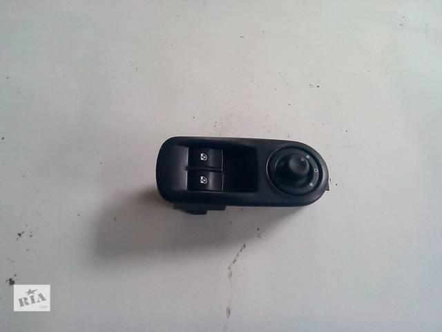 Кнопки стеклоподъемника водительские на Renault Trafic, Opel Vivaro, Nissan Primastar- объявление о продаже  в Ровно