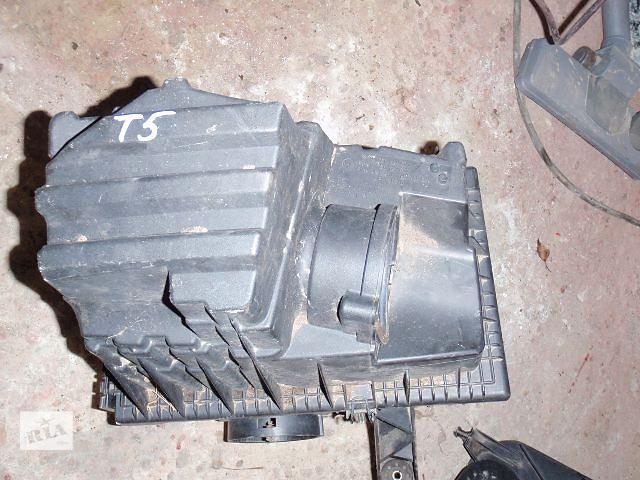 бу корпус воздушного фильтра для Volkswagen T5, 7E0129601 в Львове