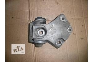 правая верхняя опора двигателя ситроен берлинго 1.9д