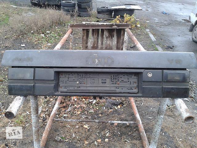 купить бу Крышка багажника для легкового авто Audi V8 1991 в Запорожье