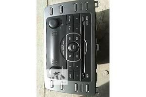 б/в Радіо і аудіообладнання / динаміки Mazda 6