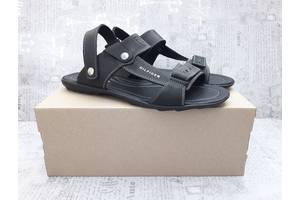 Нові чоловічі сандалі Tommy Hilfiger