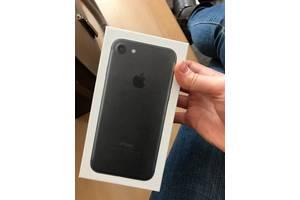 Нові Мобільні телефони, смартфони Apple iPhone 7