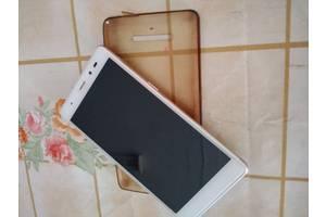 б/в Іміджеві мобільні телефони Leagoo