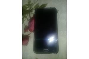 б/в Сенсорні мобільні телефони Samsung Samsung Galaxy J5