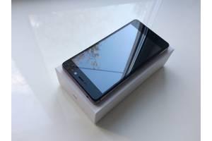 б/в Мобільні на дві СІМ-карти