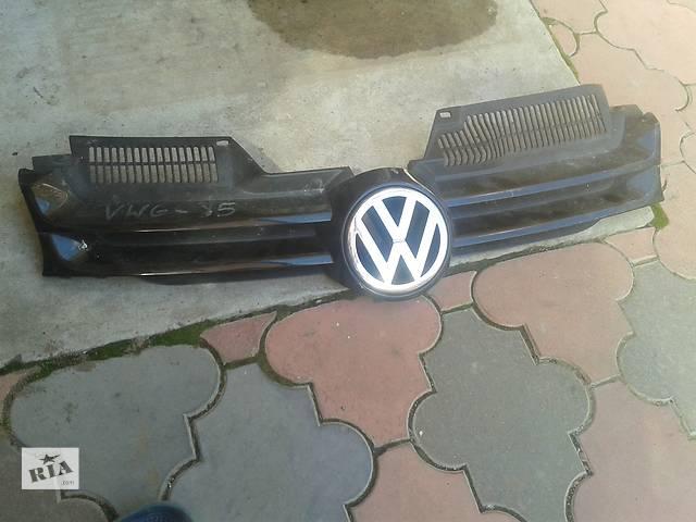 продам  Молдинг решетки радиатора Volkswagen Golf 5 бу в Мукачево