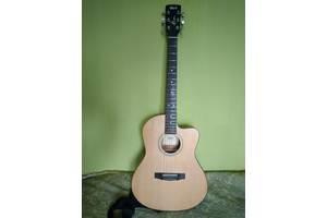 б/у Акустические гитары Cort