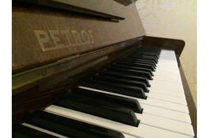 Класичні фортепіано Petrof