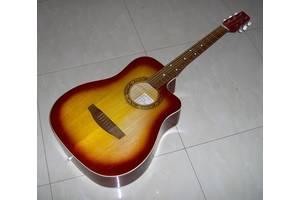 б/в Акустичні гітари Trembita