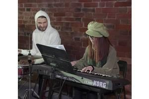 б/у Клавишные инструменты Korg