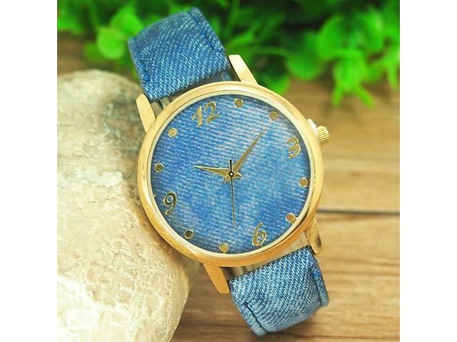 Наручные женские часы Jeans