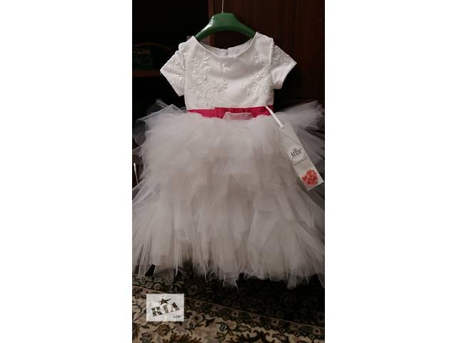 продам Нарядное платье на девочку 5 лет бу в Каменец-Подольском