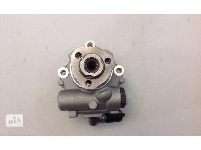 купить бу  Насос гидроусилителя руля новый и б/у ПО ОПТОВОЙ ЦЕНЕ для Volkswagen Crafter 2.5, 2.0 в Ковеле