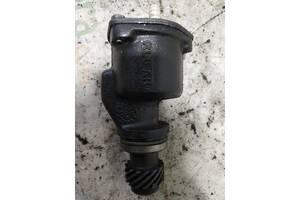 Насос вакуумний VW Caddy  II 1995-2004 | 028145101F | Vag
