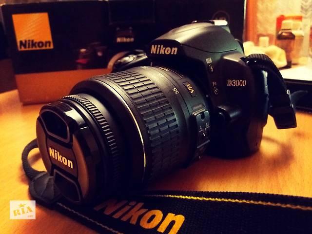 бу Nikon d3000 18-55VR DX KIT Зеркалка в Ивано-Франковске