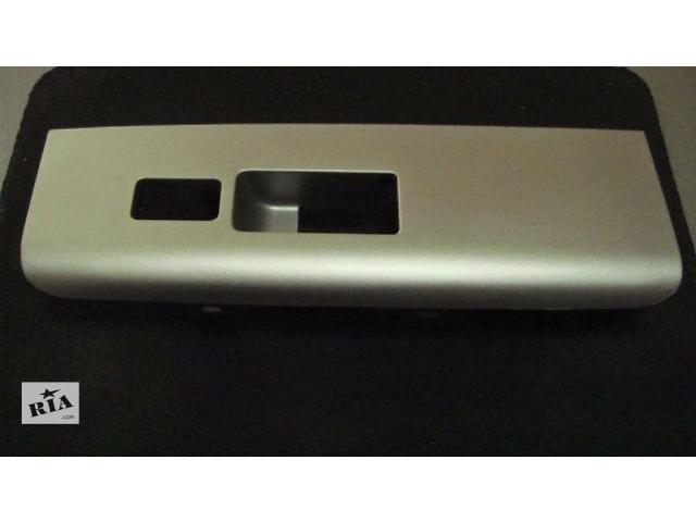 бу Nissan PATHFINDER 01.2005-Накладка панели двери правая стеклоподъемника в Одессе