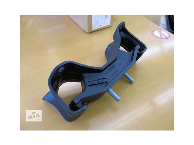 купить бу Новая подушка мотора для легкового авто Subaru Forester в Киеве