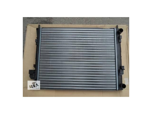 купить бу новый Система охлаждения Система охлаждения Радиатор TRAFIC VIVARO PRIMASTAR 1.9 DCI VALEO 732853 в Луцке