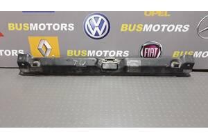 Панель передняя верхняя окуляр Volkwagen Transporter T4 1990-2003 701010081D