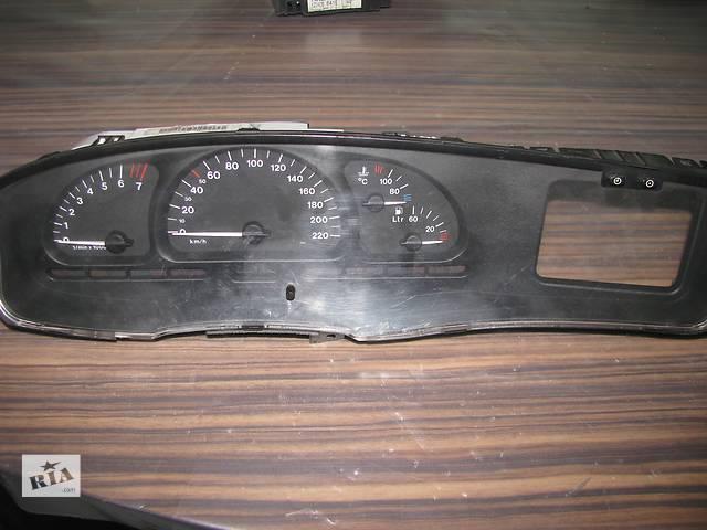 купить бу панель приборов для Opel Vectra B 1.8i 1996-2000 в Львове