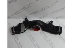 Патрубок воздухозаборника ( бабочка ) Mercedes ML W164 2005-2011 гг