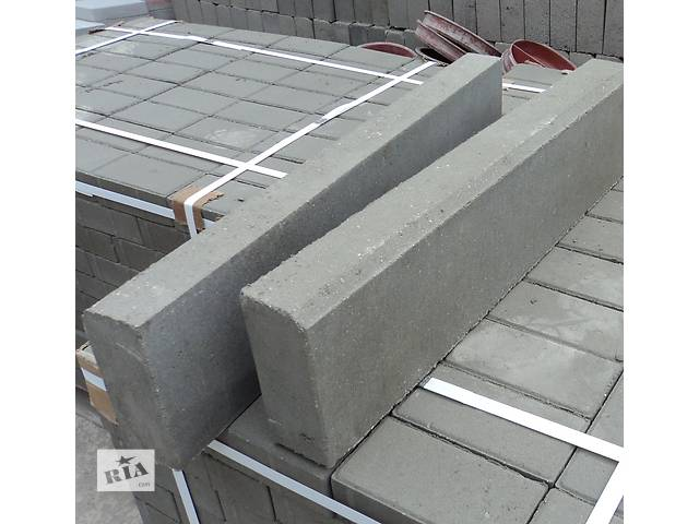 купить бу Поребрик тротуарный (армированный) 1000*200*80 - серый в Киеве