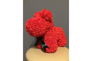 Собачка из роз 35 см красная (черный бант) 830100