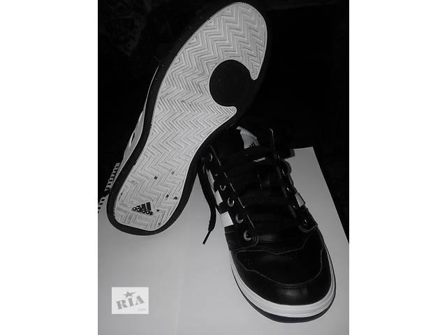 Продам кроссовки adidas- объявление о продаже  в Львове