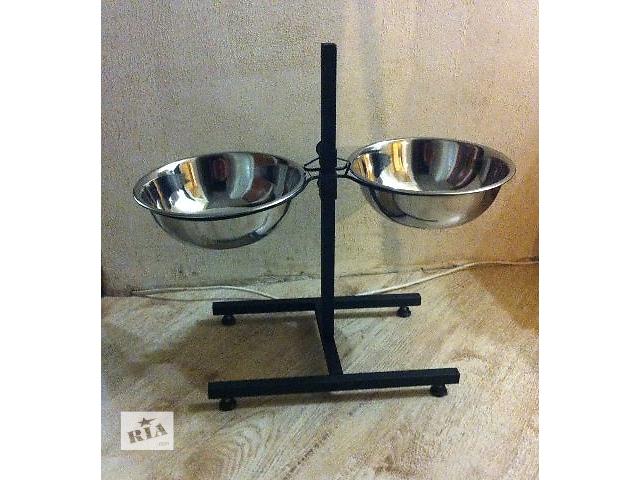 продам Продам миски для собак на подставке 2 шт. по 2,8 литра. Новые бу в Харькове
