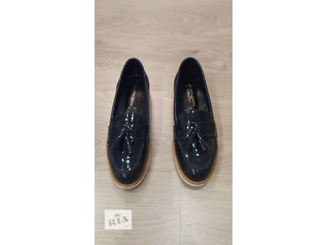 Продам обувь- объявление о продаже  в Киеве