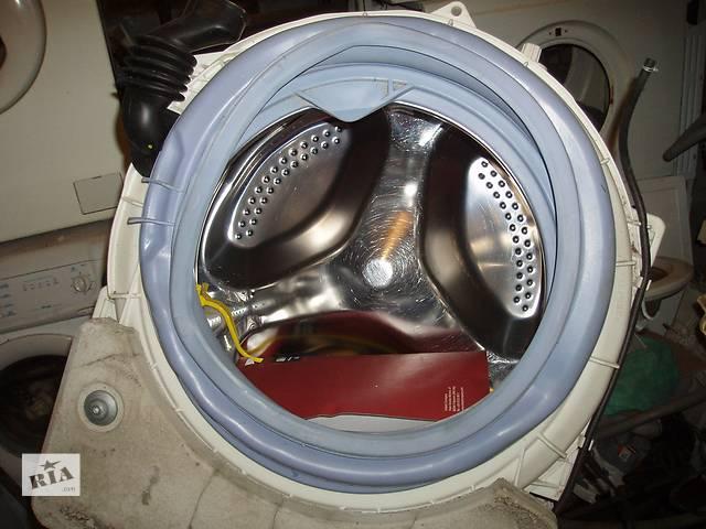 купить бу Продам пластиковый  бак для стиральной машины Hotpoint Ariston AQVALTIS в Днепре (Днепропетровск)