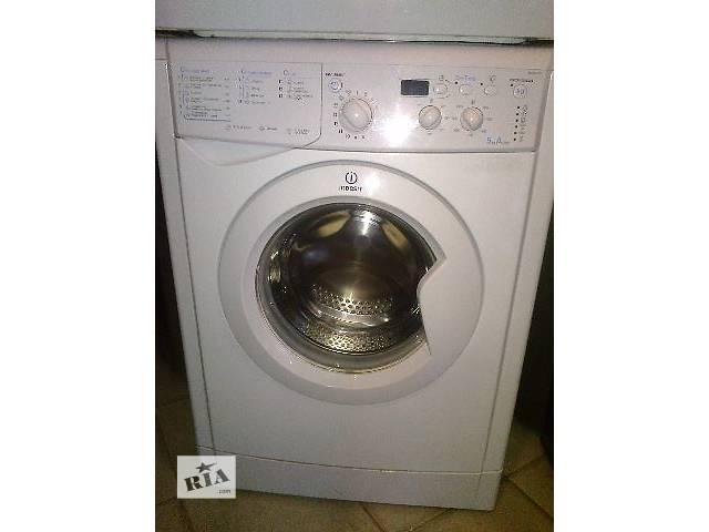 продам Продам стиральную машинкуIndesit ( автомат ) бу в Харькове