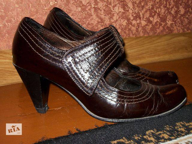 бу продам женские кожаные туфли в Хмельницком