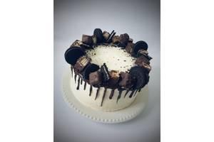 Торт на замовлення в Івано-Франківську.Торт на День народження,Весілля,або просто у подарунок