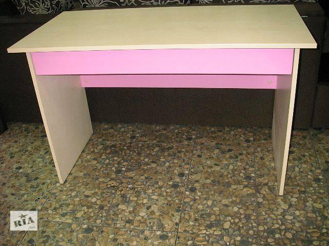 бу Письменный стол для девочки в Киеве