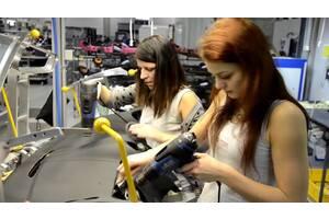 Официальная работа в Чехии на автомобильном заводе HYUNDAI 95 крон / час.,для мужчин, женщин и семейных пар