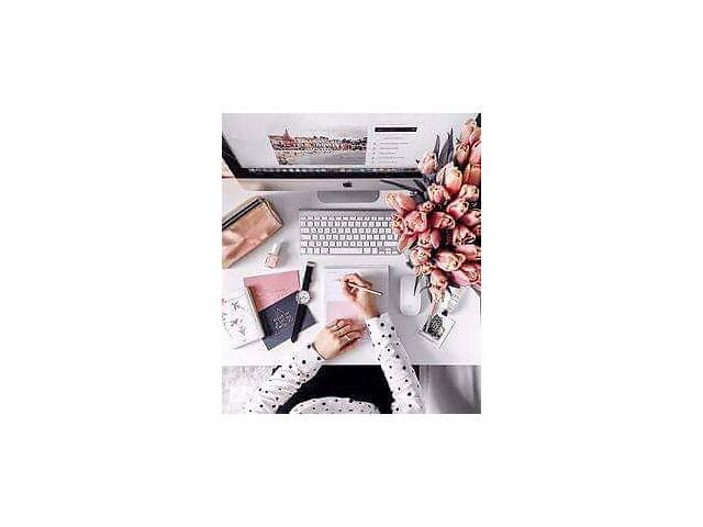 Требуется Менеджер в магазин косметики - объявление о продаже  в Харькове
