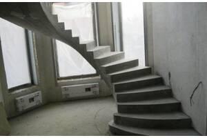 Заливаємо бетонні сходи любої складності