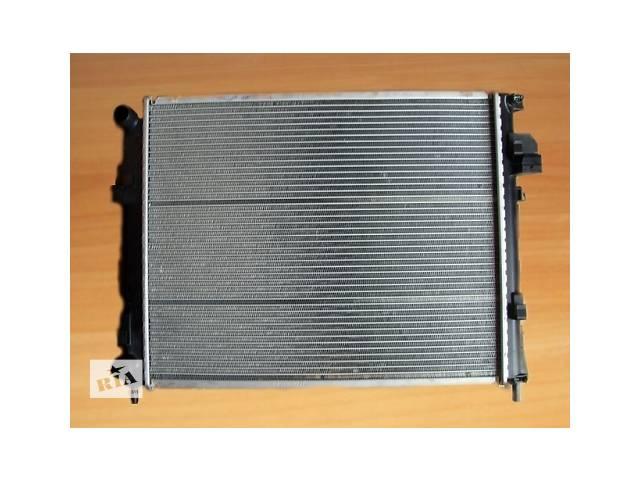 купить бу Радиатор охлаждения  J DEUS  Голландия  на  1.9dci - RENAULT TRAFIC / OPEL VIVARO в Луцке