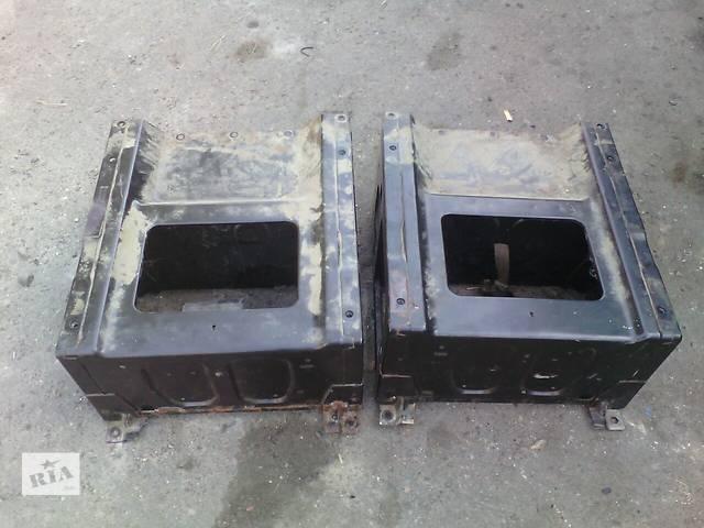 купить бу Рамка под сиденье Mercedes Vito 639  в Маневичах