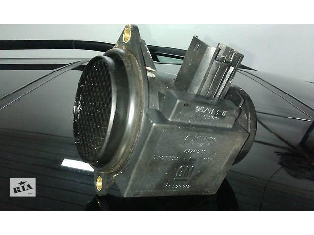 купить бу  Расходомер воздуха для легкового авто Opel Omega B в Костополе