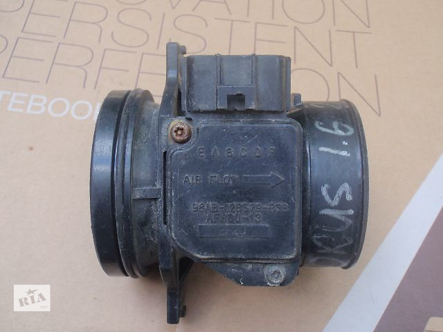 купить бу Расходомер воздуха для Ford Focus, 1.9tdci, 98AB-12B579-B3B в Львове