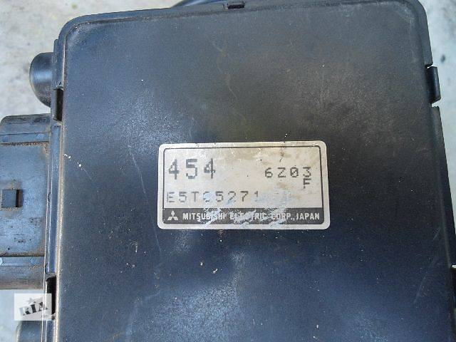 бу Расходомер воздуха Легковой Mitsubishi Carisma 1.6, E5T05271 в Тернополе