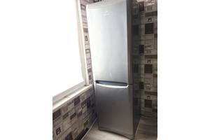 б/у Двухкамерные холодильники Indesit