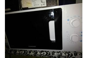 б/в Мікрохвильові печі з конвекцією Samsung