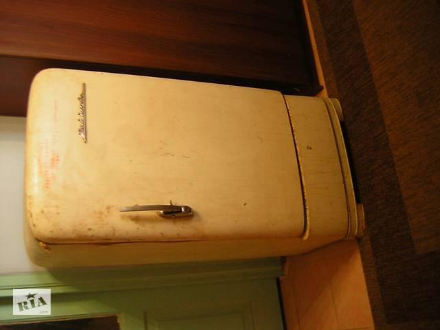 продам Продам холодильник Зил - Москва 1959 года выпуска с вертикальной ручкой. бу в Виннице