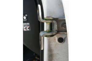 Ремонт автомобильных дверных петель, реставрация, ремкомплекты.