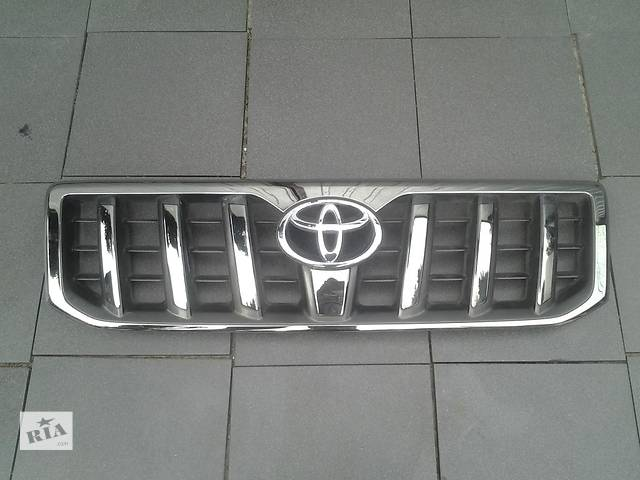 купить бу решётка радиатора для Toyota Land Cruiser Prado 120 2006 в Львове